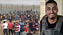 """אמו של הצלף הפצוע: """"שהגדולים עם הפלאפלים ילכו לעמוד מול חמאס"""""""