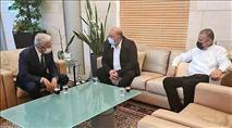 היועצת של עבאס שהתסיסה בפרעות - השתתפה בדיון רשמי במשרד החוץ