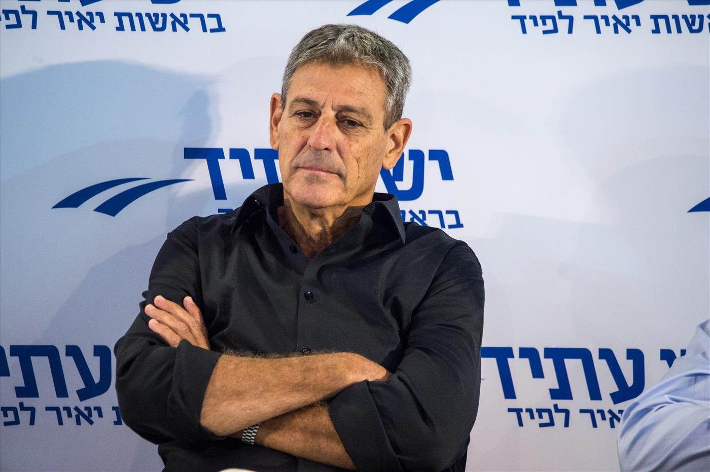 רם בן ברק (קובי ריכטר, tps)