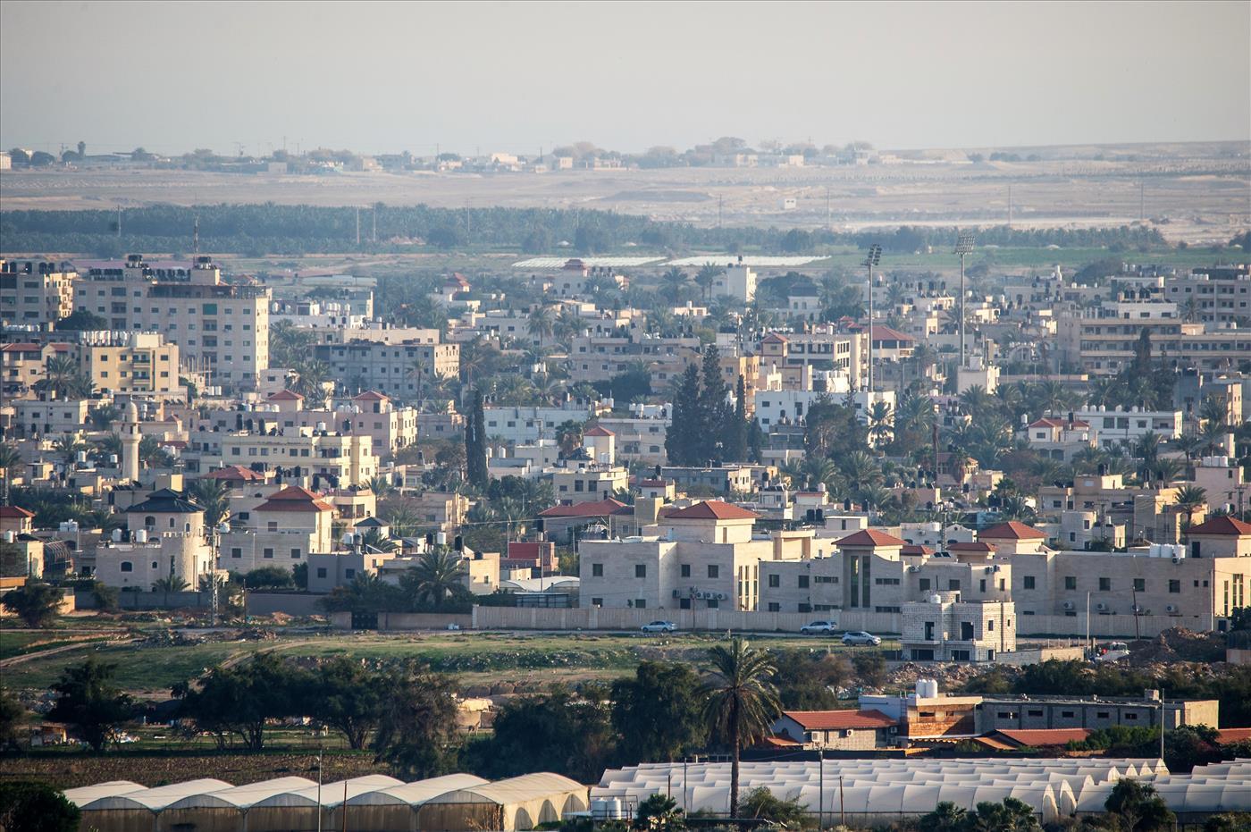 המאבק על בקעת הירדן; אבו מאזן הכריז על הקמת עיר חדשה