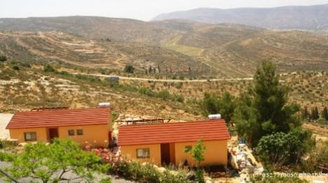 דירות אירוח ביישוב אלון מורה (צילום מסך)