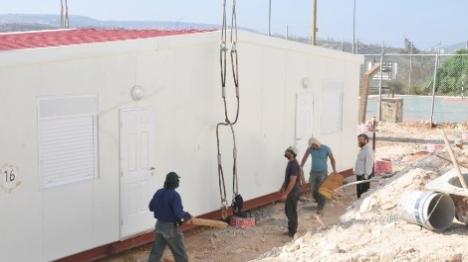 הקמת הפנימיות באולפנת מעלה לבונה (אהרון רוזה)