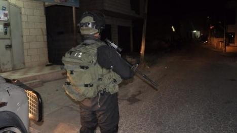 פיגוע מטען בעציון: שני מחבלים נפצעו