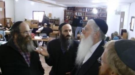 שוטרים מנעו מחבר הכנסת להיכנס לישיבה