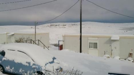 צפי להפוגה בשלג - 17 אלף בתי אב ללא חשמל