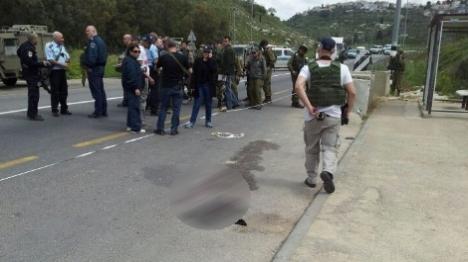 גנב משאית, התנגש ברכב – שניים פצועים