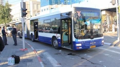 זירת הפיגוע בתל אביב (דוברות המשטרה)