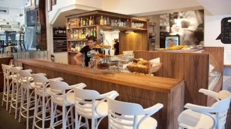 במדינת ישראל: מסעדה 'כשרה' ללא כשרות?