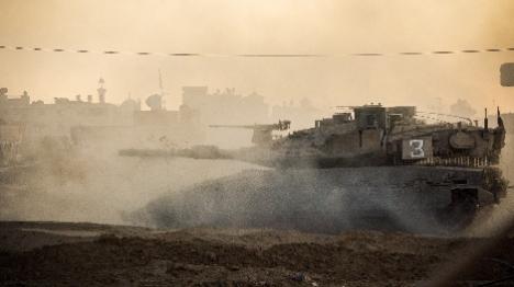 סמוך לגדר: חמאס סולל כביש חדש