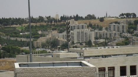 ירושלים: בתי תושבים מותקפים בידי ערבים