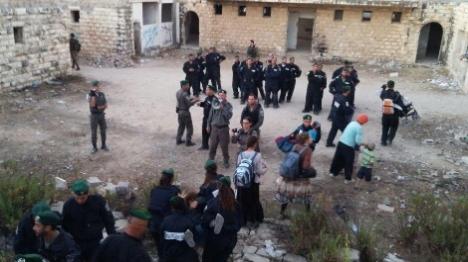 גירוש שאנור: שני שוטרים סרבו פקודה