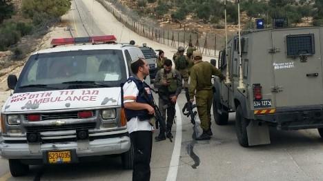 פיגוע דקירה בהר חברון: פצוע קל
