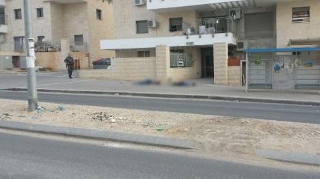 """""""פועלים ערבים מסתובבים חופשי ברחובות"""""""