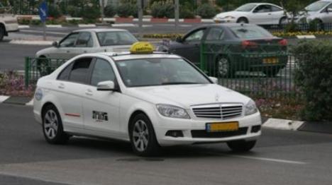 מונית מרצדס (אילוסטרציה)