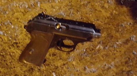 האקדח ששימש את המחבלים (דובר צהל)