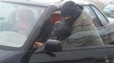 ערבים שדדו רכב ובו ילד בן 4