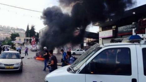 חשד: ערבי הצית רכב בראש פינה