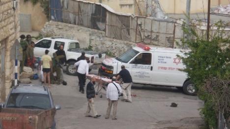 חייל נפצע בפיגוע דקירה בחברון