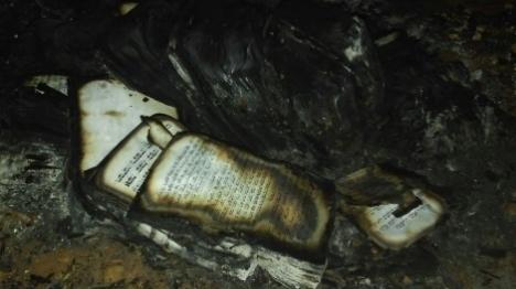 לאחר שחולל: סכנת הרס על בית הכנסת