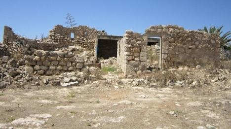 הכפר הערבי שפוגע בעתיקות הסטוריות