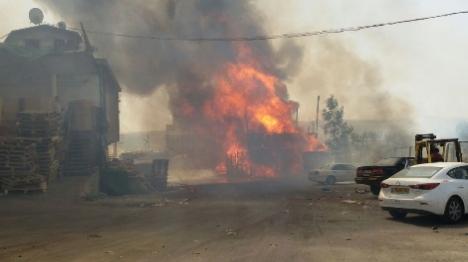 שריפת ענק בירושלים: האש מתקרבת לבתים