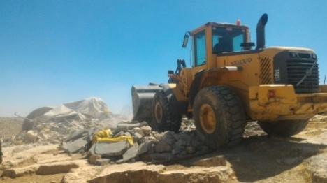 המנהל הרס בנייה ערבית בלתי חוקית