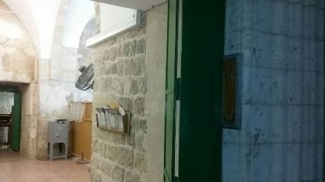 ערבים הוכנסו למערת המכפלה - המקום חולל