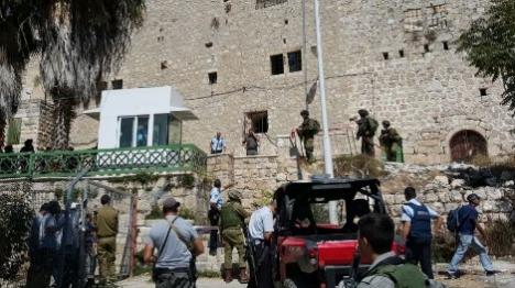 פיגוע דקירה בחברון: לוחם פצוע קל