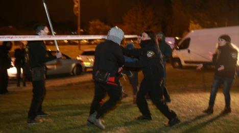 הפגנות המחאה: מפגין אחד עדיין במעצר