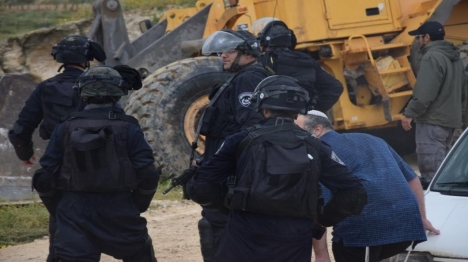למרות התלונות הרבות - מעט שוטרים מועמדים לדין