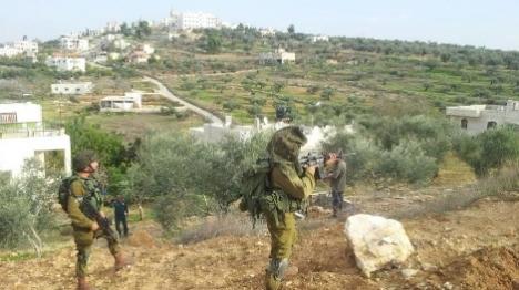 בתגובה לטרור האבנים: 150 תושבים נכנסו לכפר