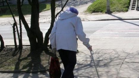 עובד זר חשוד בהתעללות בקשיש