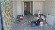 חשד: עובד שיפוצים ערבי אנס יהודיה בביתה