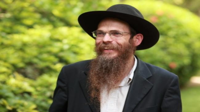 להנהיג בתמימות ● הרב יצחק שפירא בסרטון לקוראי הקול היהודי